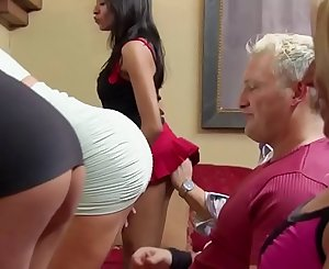 Wag Playboy TV - SEASON 4 EP. 1 - Total SCENE on http://bit.ly/SwingPlayboy
