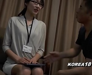 KOREAN OFFICE LADY fucked in japan