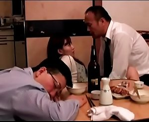 Japanese wife fucked next to hubby (Full: bit.ly/2PhtJTr)