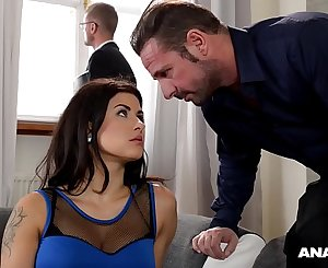 Ass fucking inspectors wanna see curvy Billie Starlet ass fucked by hubby & realtor