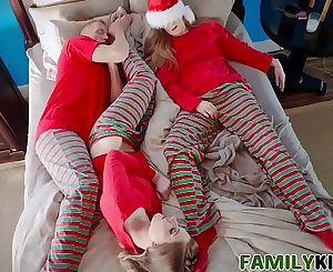 Daddy And Daughter Christmas Cheer